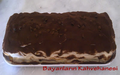 Kedi Dilli Tiramisu, Pasta