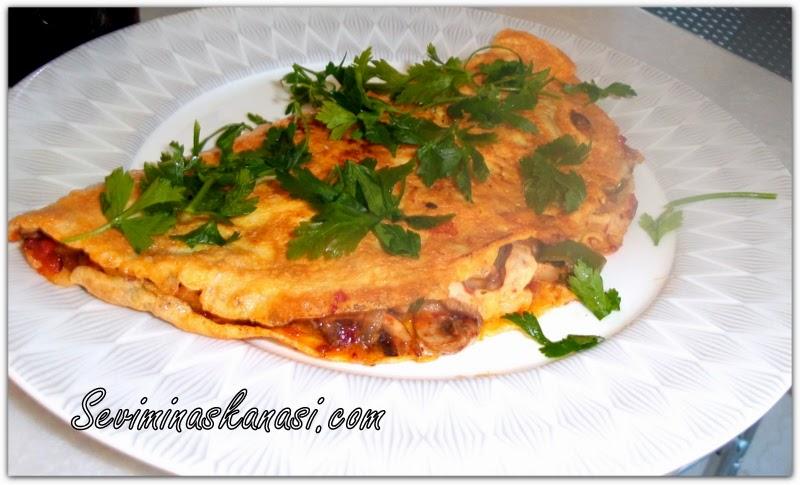 soğanlı-mantarli-omlet